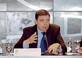 Luis-Planas.jpg